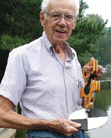 Ralph Vogel with a Secchi disk